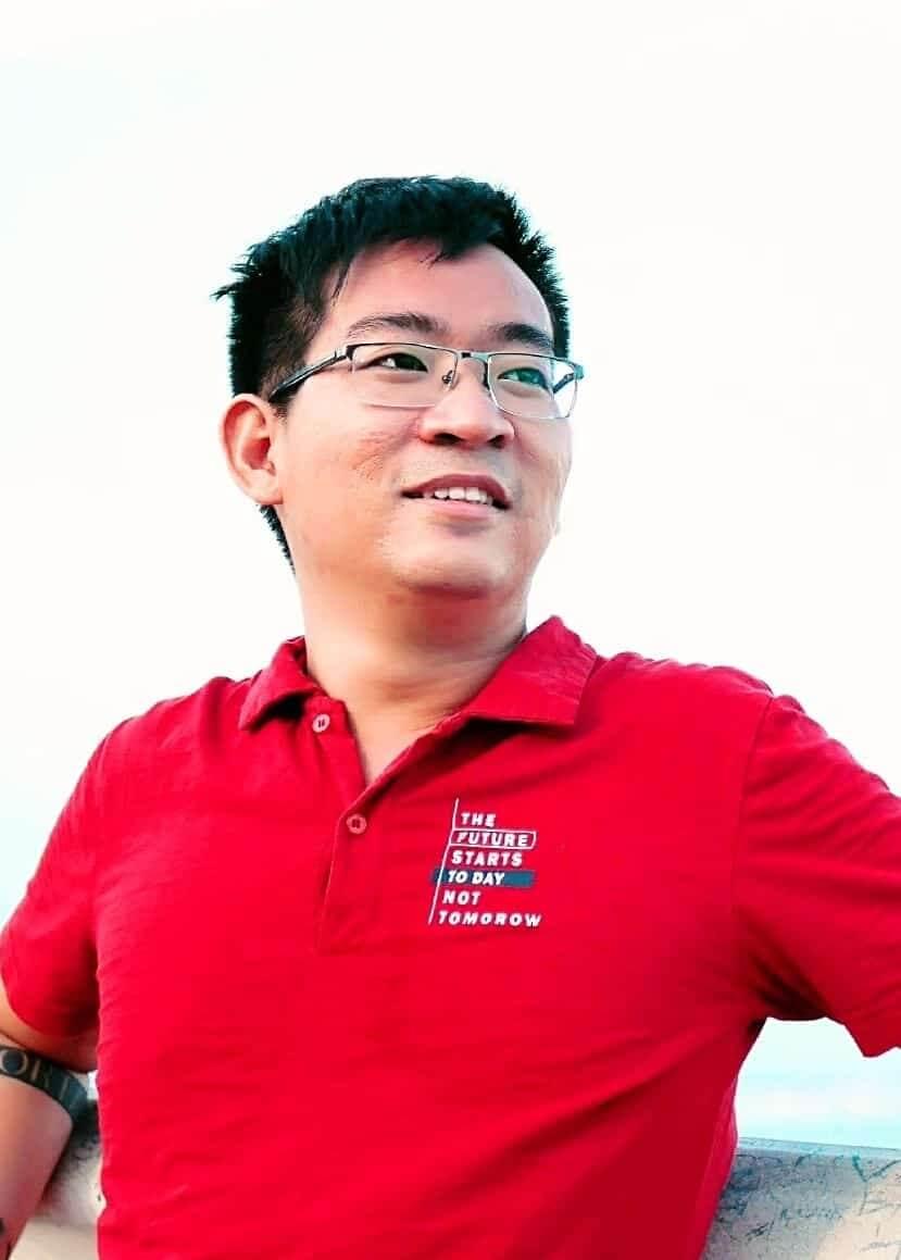 Tác giả: Nguyễn Hoàng Đức